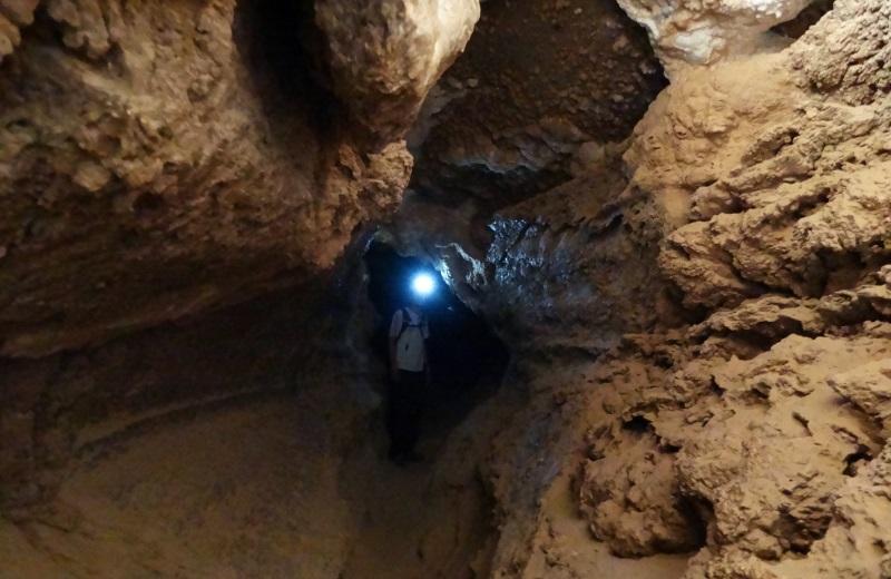 Cavernas de Sal, Valle de la Luna