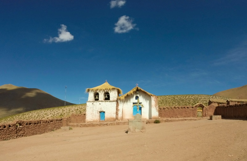 Igreja no povoado Machuca, Atacama