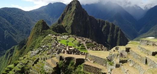 Cidade Inca de Machu Picchu com Waynapicchu ao fundo