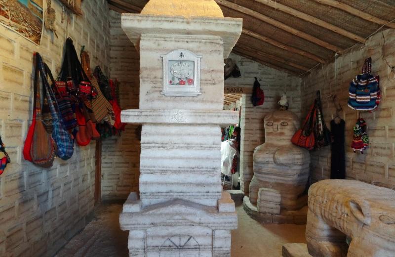 Esculturas de sal em Colchani, Salar de Uyuni