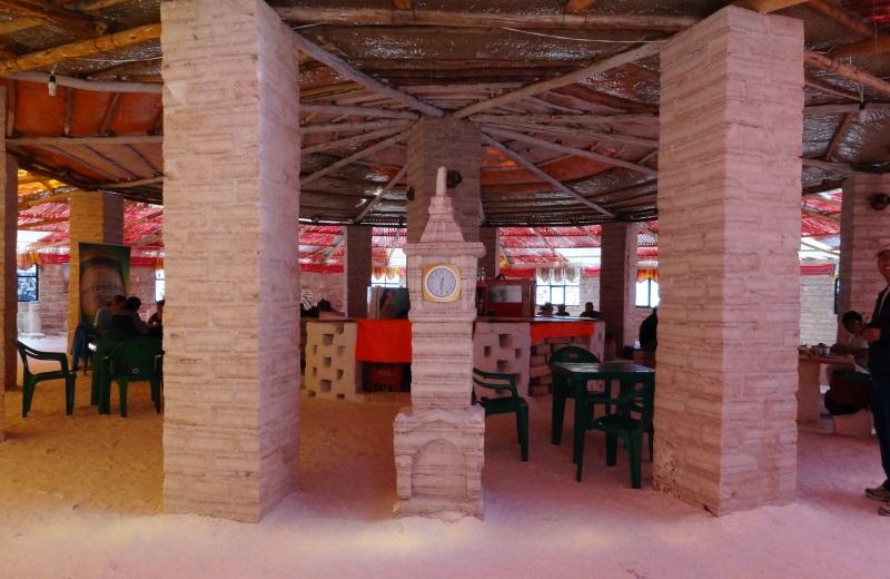 Hotel de Sal no meio do Salar de Uyuni