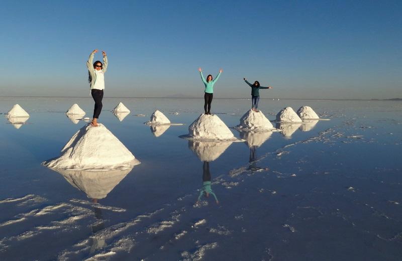 Montones de Sal no Salar de Uyuni, Bolívia