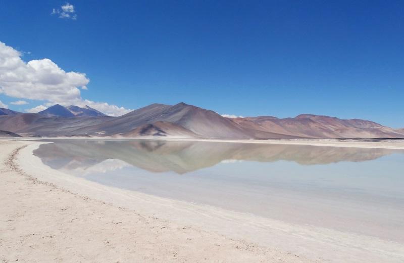 Piedras Rojas, Salar de Aguas Calientes, Deserto do Atacama