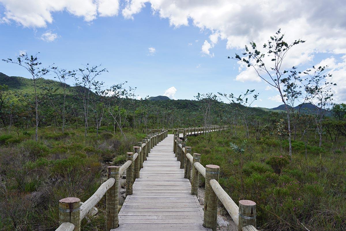 Caminho para as Corredeiras no Parque Nacional da Chapada dos Veadeiros