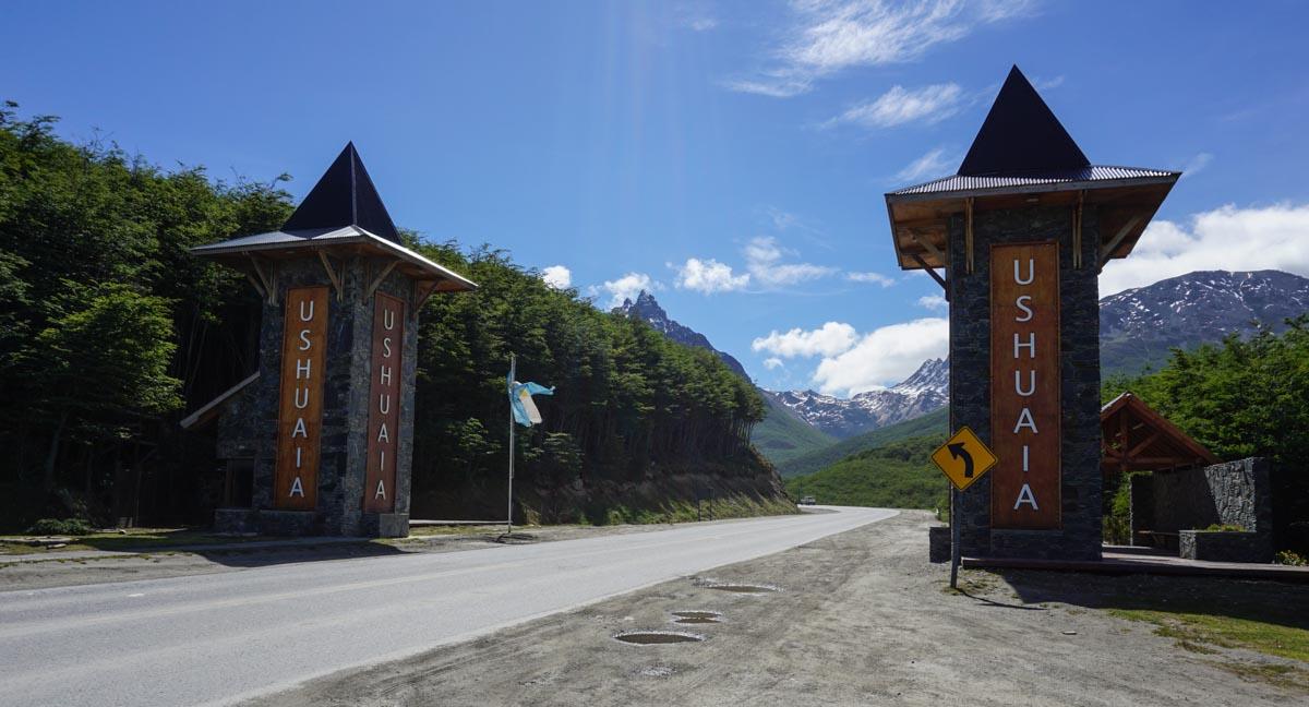Portal de entrada da cidade de Ushuaia
