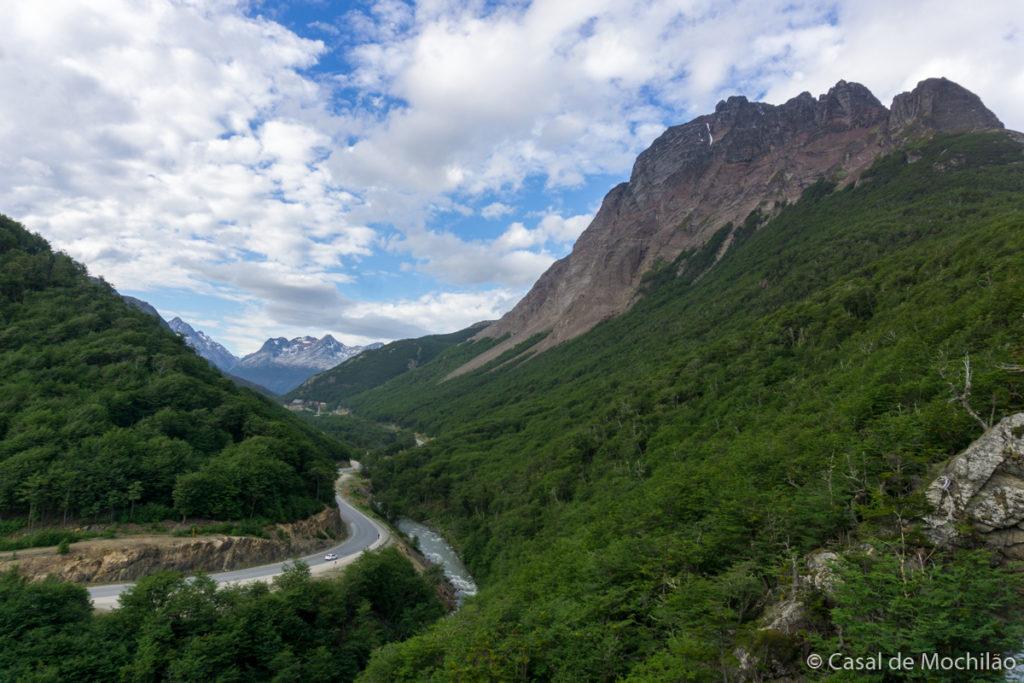 Monte Olivia na trilha para a Cascada velo de la Novia em Ushuaia, Patagônia Argentina