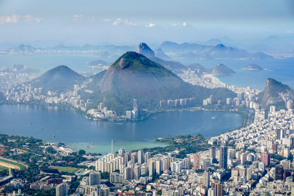 Vista do topo do Morro Dois Irmãos na cidade do Rio de Janeiro