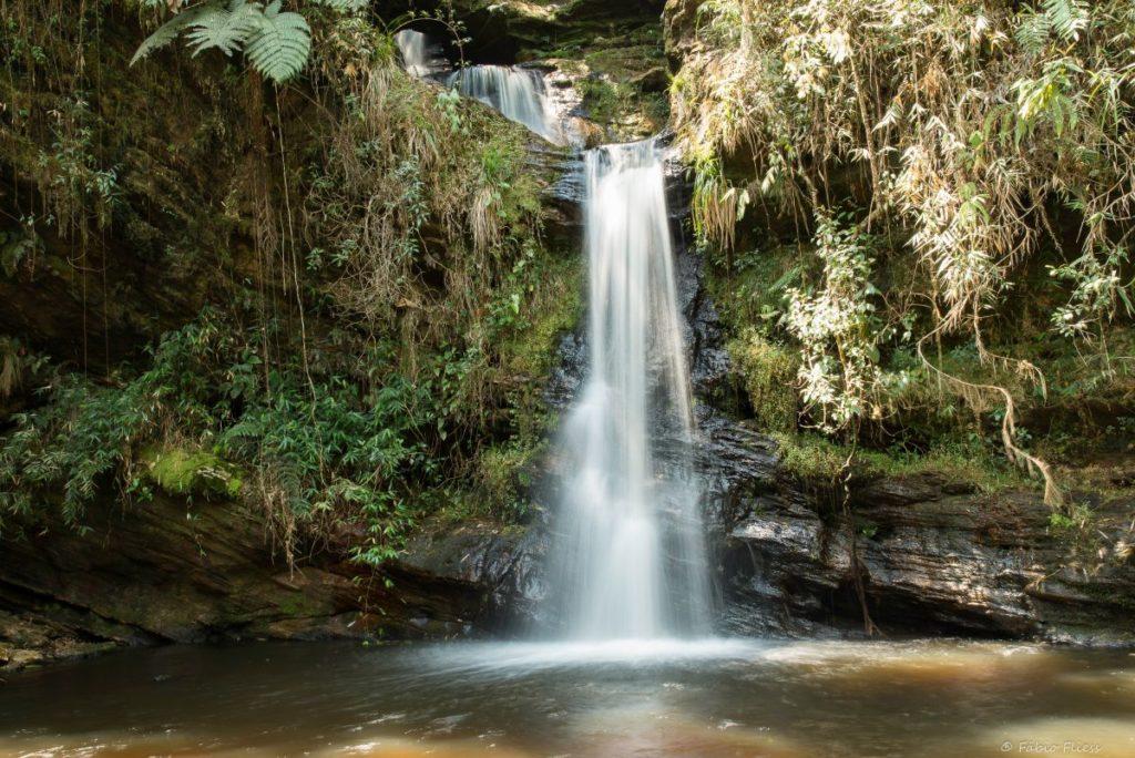 Cachoeira da Garganta no Complexo da Cachoeira do Arco-íris em Lima Duarte, Minas Gerais