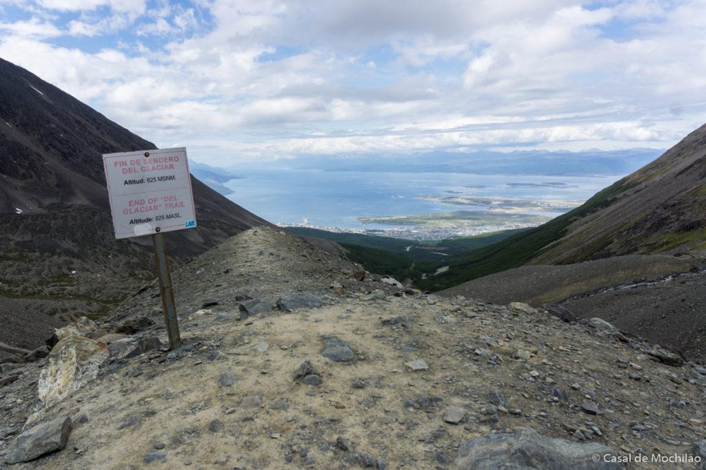 Mirante no topo do Trilha para o Glaciar Martial em Ushuaia, Patagônia Argentina