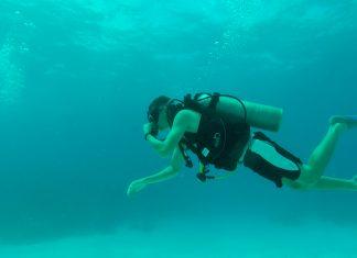 Mergulho com cilindro na Ilha de Providencia, San Andrés, Colombia
